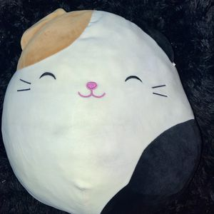 X-Large Squishmallow cameron calico cat for Sale in Long Beach, CA