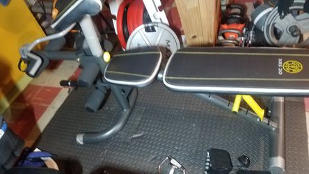 WEIDER 6 POSITIONS ADJUSTABLE BENCH for Sale in Chicago, IL