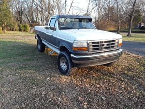 """1993 ford f150 2wd 6""""lift v8 for Sale in Gallatin, TN"""