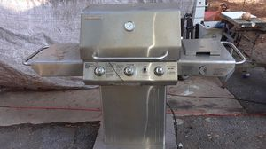 brinkerman 4040 pro series gas stainless steel grill for Sale in Pine Bluff, AR