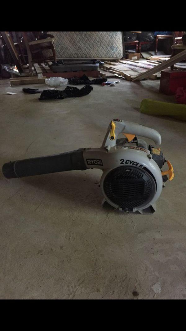Ryobi Gas powered leaf blower (AS IS)