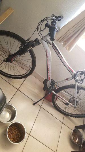 Mens Schwinn Ranger Mountain Bike for Sale in Fresno, CA
