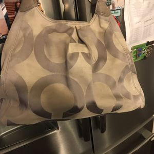 Coach hobo bag used with wallet for Sale in Midlothian, TX