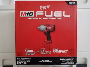 """Milwaukee 1/2"""" HIGH TORQUE M18 Impact Wrench for Sale in Dallas, TX"""