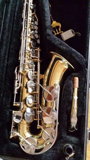 Yamaha Alto sax for Sale in Chicago, IL