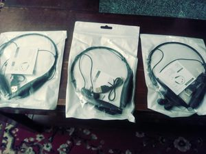 Bluetooth headphones for Sale in Alton, IL