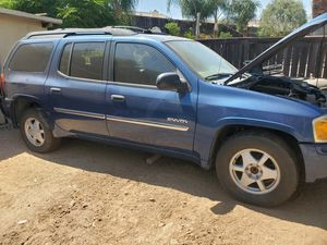 2003-2006 gmc envoy parts truck engine no good for Sale in Nuevo, CA