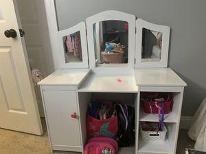 Girls kid Kraft vanity no chair for Sale in Wethersfield, CT