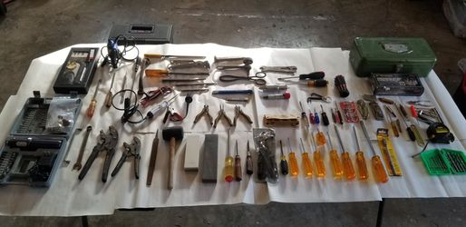 LOT OF VINTAGE AND MODERN TOOLS AND MORE for Sale in Plano,  TX