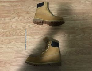 Timberland 6 inch premium waterproof boot (Size 7) Willing to Trade for Sale in Fayetteville, NC