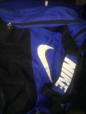 Large Nike duffle bag for Sale in New York, NY