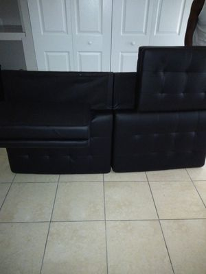 Black Leather Futon for Sale in Tampa, FL