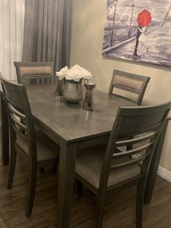 Special Brand New Dining Set ( Table and 4 Chairs Grey Wood Finish ) ⭐️😊☀️ for Sale in Chula Vista,  CA