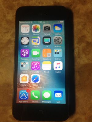Smokey gray black iPhone 5 32gbs Sprint/boost/Flash wireless for Sale in Chicago, IL