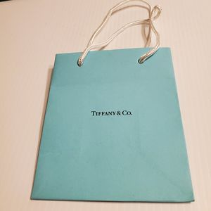 "Tiffany & Co paper gift bag. Very good shape. Teal 6x5x3"" Lot 2 for Sale in Campbell, CA"