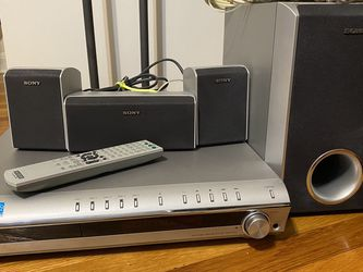 Sony DVD / CD Surround Sound Home Theater System With Remote Control, Wires, Cables, Speaker Stands, 6 Speakers Included for Sale in Alexandria,  VA