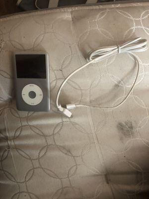 iPod 120GB with charger for Sale in Greenville, SC