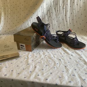 Chaco zx3 classic size 10 women for Sale in San Diego, CA