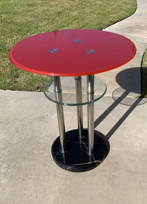 Modern 28 inch high x 24 inch round table for Sale in Bakersfield, CA