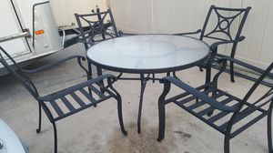 COLEMAN OUTDOOR Cast Aluminium 4 Chair & Table for Sale in Tampa, FL