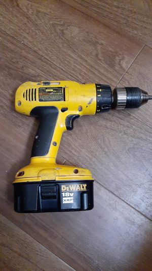DeWalt cordless adjustable clutch / hammer drill for Sale in Maryland Heights, MO