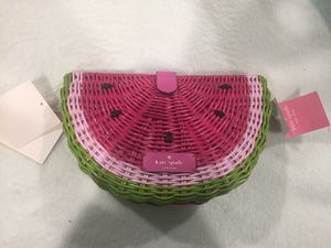 Kate spade new with tags watermelon crossbody purse for Sale in Seattle, WA