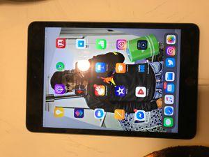 iPad mini newest generation for Sale in Washington, DC