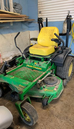 John deer 7 iron 2 Commercial 48 for Sale in Big Rock, IL