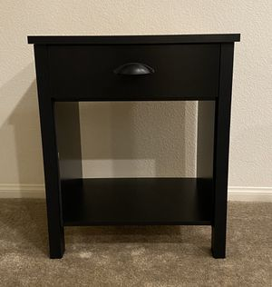 Nightstand / End table for Sale in Henderson, NV