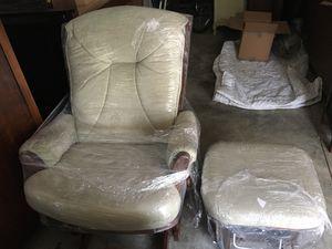 Glider Rocking Chair with Ottoman for Sale in Atlanta, GA