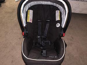 Graco SnugRide car seat for Sale in Sacramento, CA