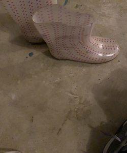 3/4 Girls Rain Boots for Sale in Stonecrest,  GA
