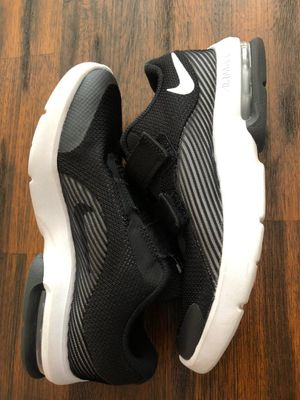 Nike shoes for Sale in Moreno Valley, CA