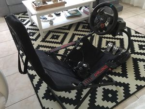 Playseat Challenge with Logitech G29 PS4/PS3 for Sale in Wilton Manors, FL