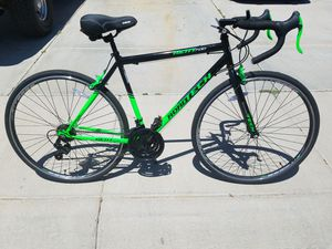 Road bike 21 speed for Sale in Peoria, AZ