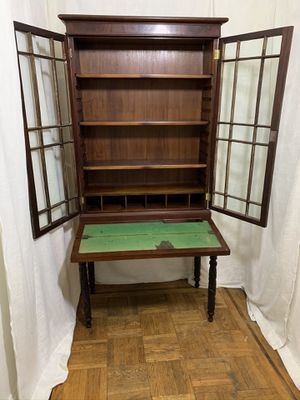 Antique Vintage 2 Piece Carved Hutch Plantation Secretary Desk 1700s for Sale in Brooklyn, NY