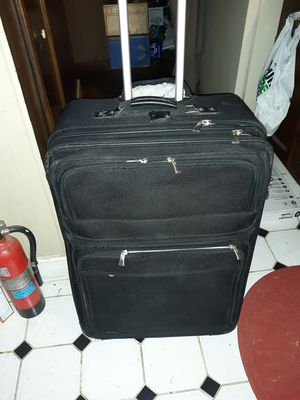 Nice, BIG, Luggage bag with wheels and handle, clean for Sale in Saint Ann, MO