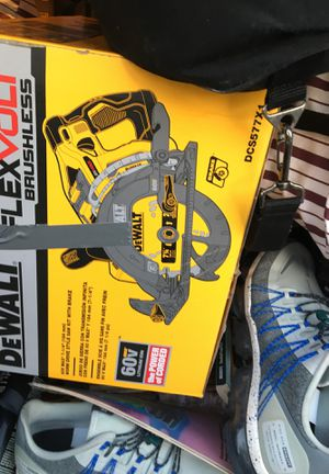 Brand new flexvolt worm saw for Sale in Tampa, FL