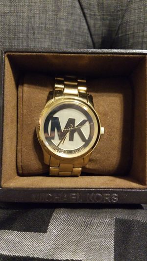 Michael Kors Watch-Gold MK for Sale in Phoenix, AZ