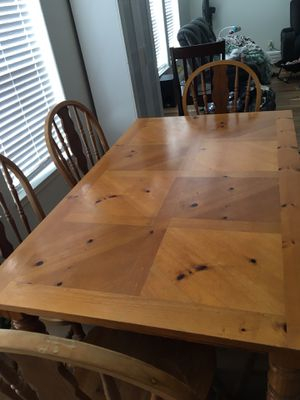 Dining Table and Chairs for Sale in Lakeside, CA