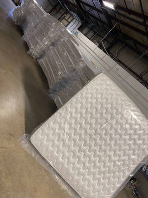 Brand new queen and king mattress! Made in USA ! Liquidation sale today!! VYHW0 for Sale in Houston, TX