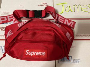 Supreme Waist Bag SS18 red for Sale in Brooklyn, NY