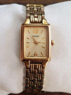 Vintage Seiko wristwatch, quartz running for Sale in Rogersville, MO