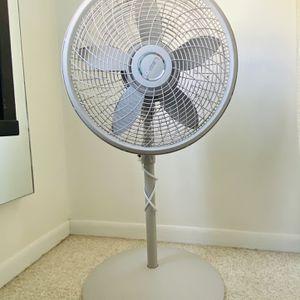 "Lasco 18"" Stand 3-Speed Fan for Sale in Miami, FL"