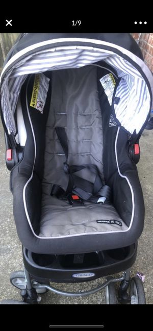 Groco car set & Double stroller for Sale in Nashville, TN