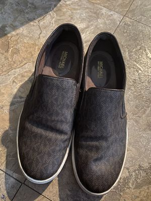 Shoes size 9 for Sale in Alamo, TX