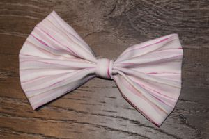 Girl hair accessories hair bow for Sale in La Verne, CA