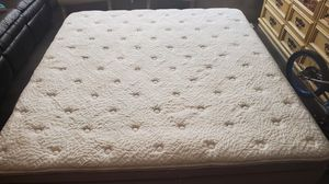 King size mattress for Sale in Round Rock, TX