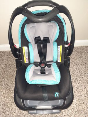Car seat for a baby for Sale in Nashville, TN
