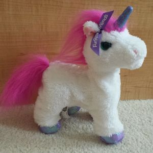 FurReal Friends Fantasy Collection - My Walkin' Unicorn for Sale in St. Petersburg, FL